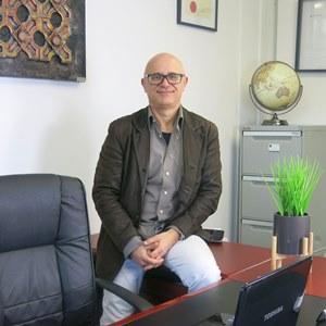 Dr. John Stavrakis